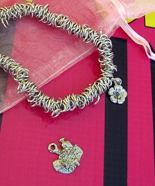Diva 2012 bracelet web
